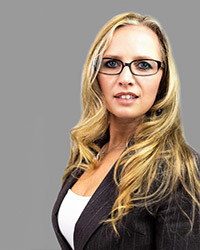 Ariane van Wijk - commercial assistant C&D Solicitors